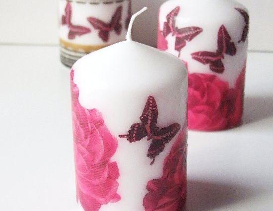 candela con rose