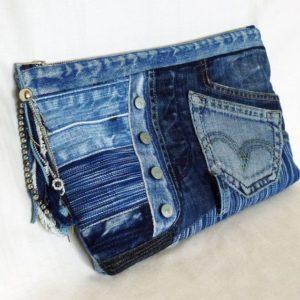Cosa fare con la stoffa dei jeans avanzata