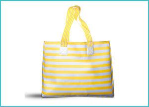Donna Moderna con borsa mare