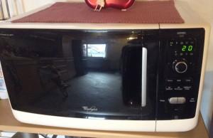 Come risparmiare in cucina con il microonde