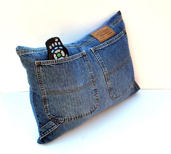 Cuscini Di Jeans.7 Idee Per Riciclare Un Vecchio Paio Di Jeans Originali E Creative